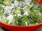 «Зелений» салат зі сметаною
