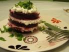 Буряковий салат тістечко